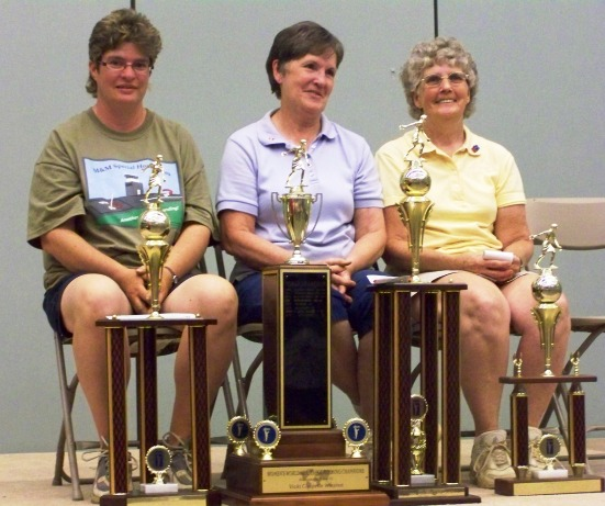 2008 World Tournament top 3 women: Sylvianne, Sue, Judy.